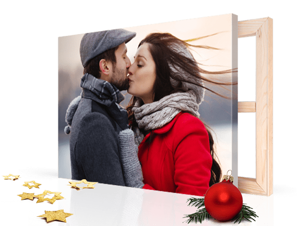 christmas-landing-page-canvas-photo-header_example_couple-kiss-kiss